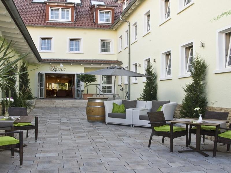 Hotel Speeter, Weisenheim am Berg